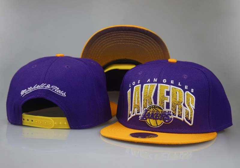 2017 NBA Los Angeles Lakers Snapback 3 LTMY