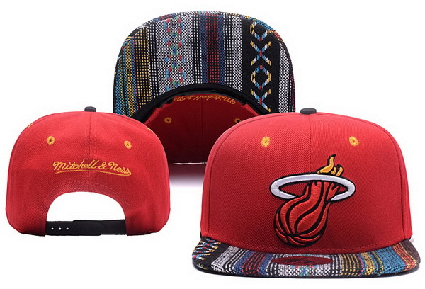 2017 NBA Miami Heat Snapback, 0412 XDFMY