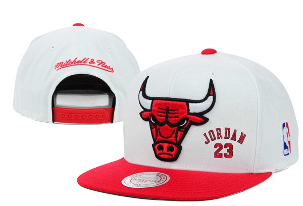 2017 Hot Hat NBA Chicago Bulls Jordan Snapback White