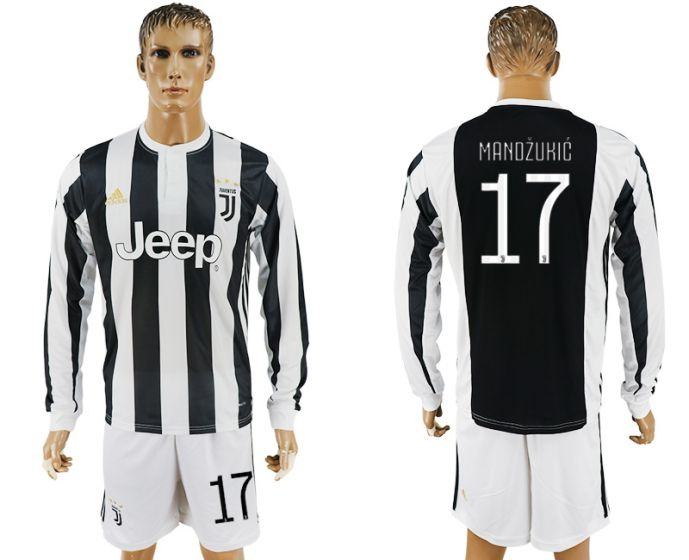 Men 2017-2018 club Juventus home long sleeves 17 soccer jersey
