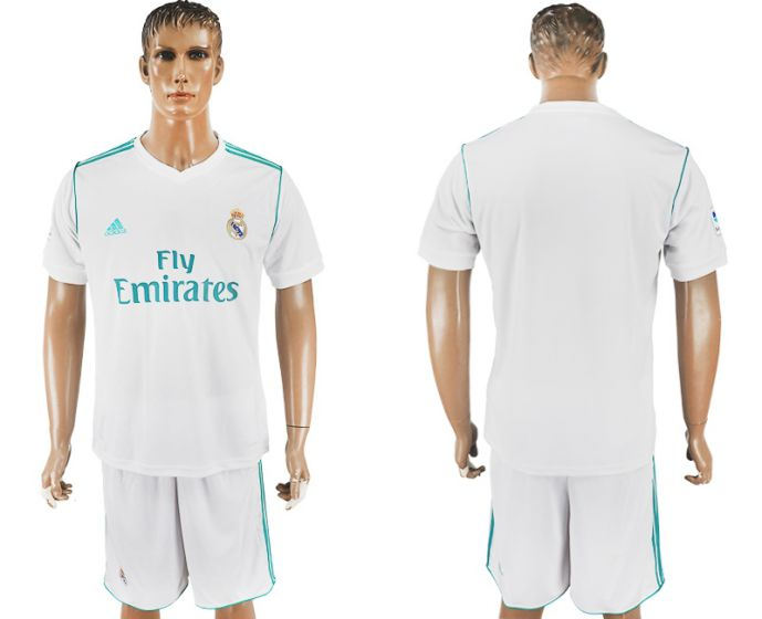 Men 2017-2018 club Real Madrid home white soccer jersey