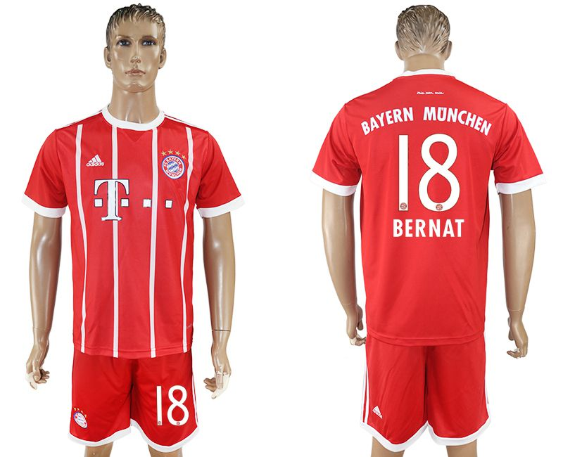 Men 2017-2018 Club Bayern Munich home 18 red soccer jersey