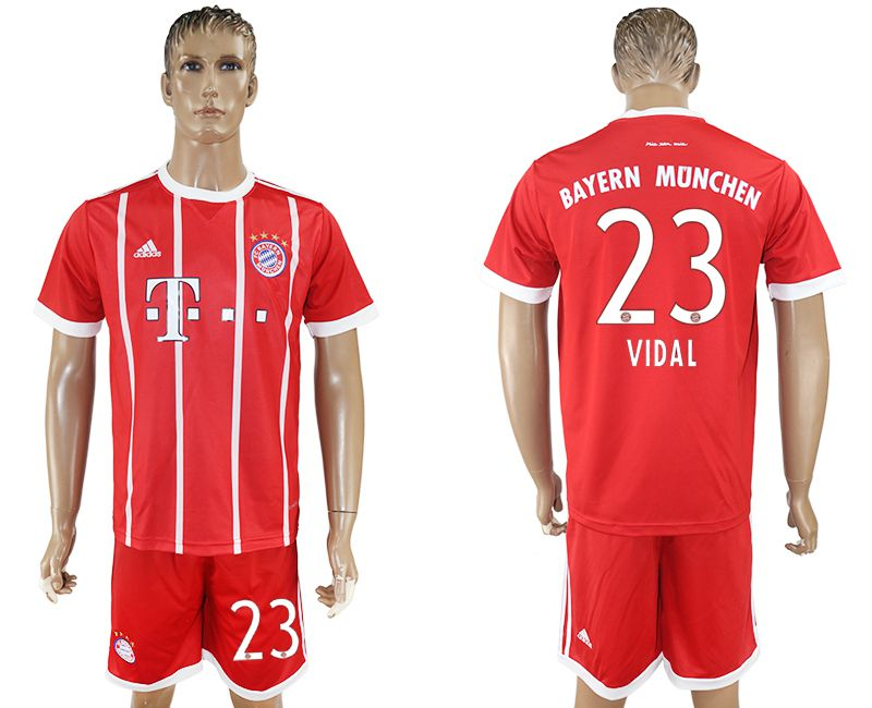 Men 2017-2018 Club Bayern Munich home 23 red soccer jersey