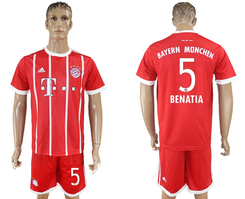 Men 2017-2018 Club Bayern Munich home 5 red soccer jersey