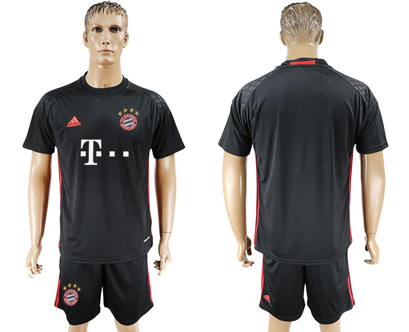 Men 2017-2018 club Bayern Munich goalkeeper blank black soccer jersey