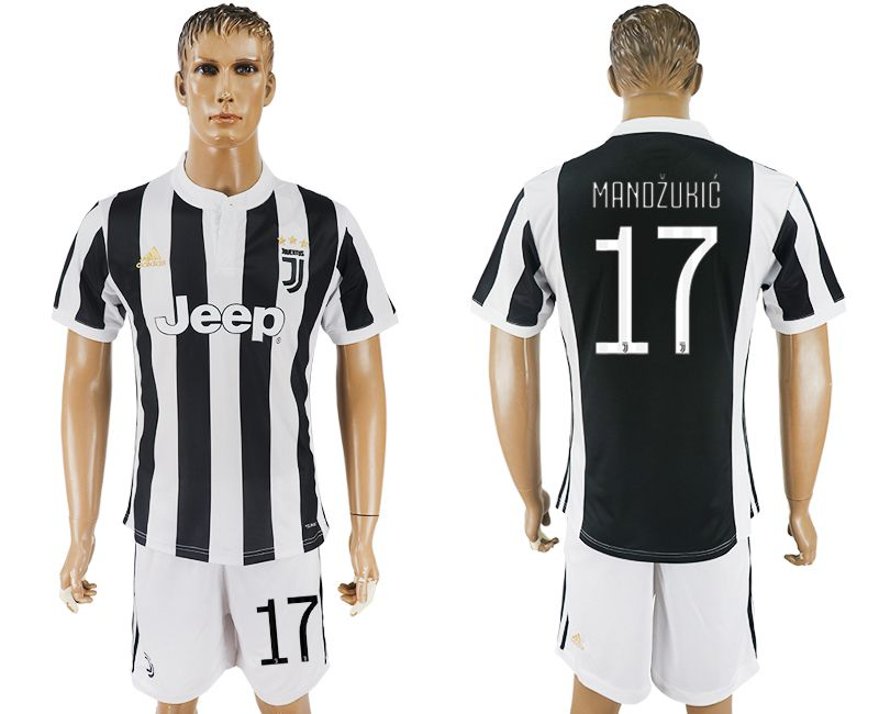 Men 2017-2018 club Juventus home 17 black white soccer jersey