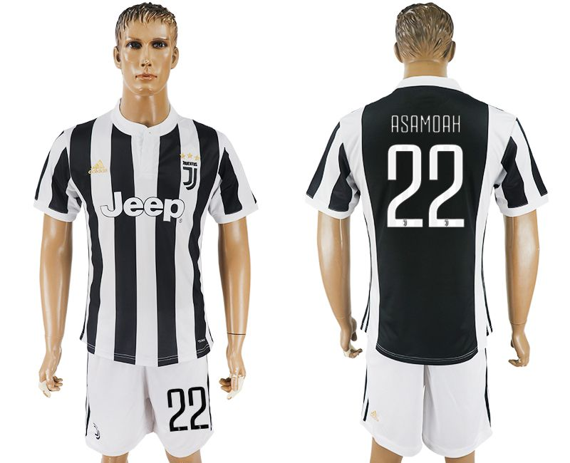 Men 2017-2018 club Juventus home 22 black white soccer jersey