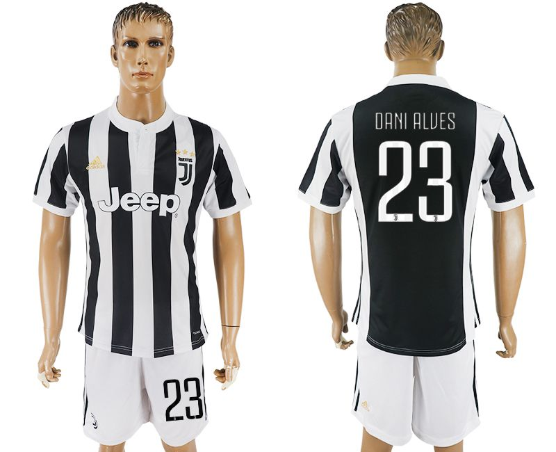 Men 2017-2018 club Juventus home 23 black white soccer jersey