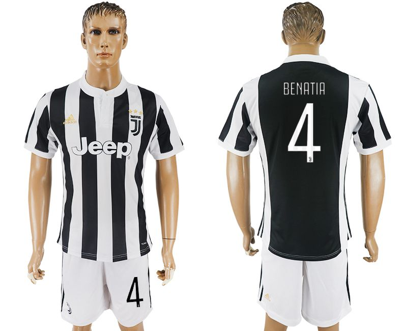 Men 2017-2018 club Juventus home 4 black white soccer jersey