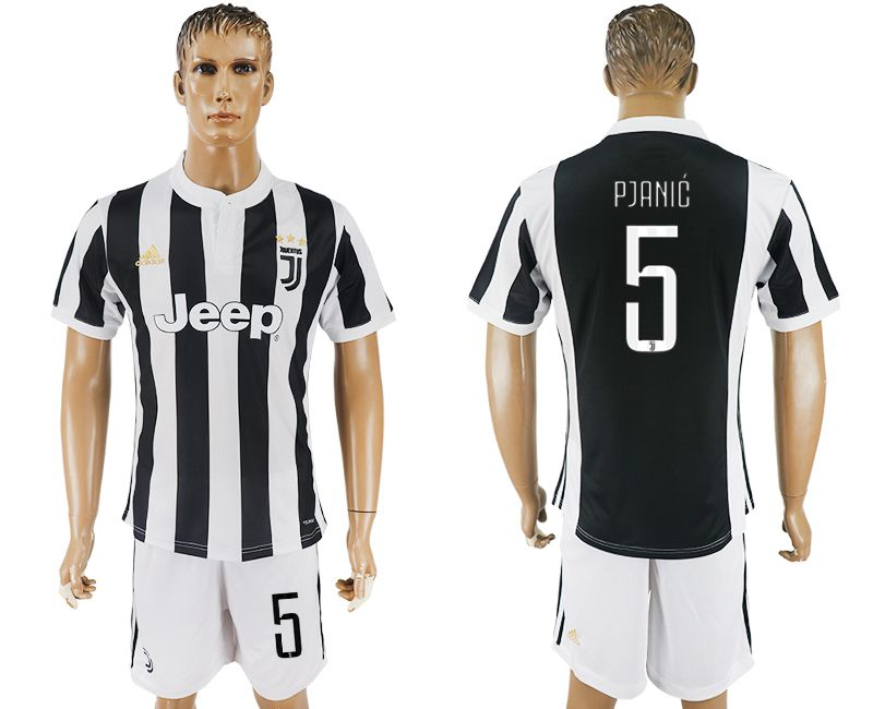 Men 2017-2018 club Juventus home 5 black white soccer jersey