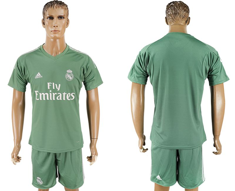 Men 2017-2018 club Real Madrid goalkeeper blank green soccer jersey