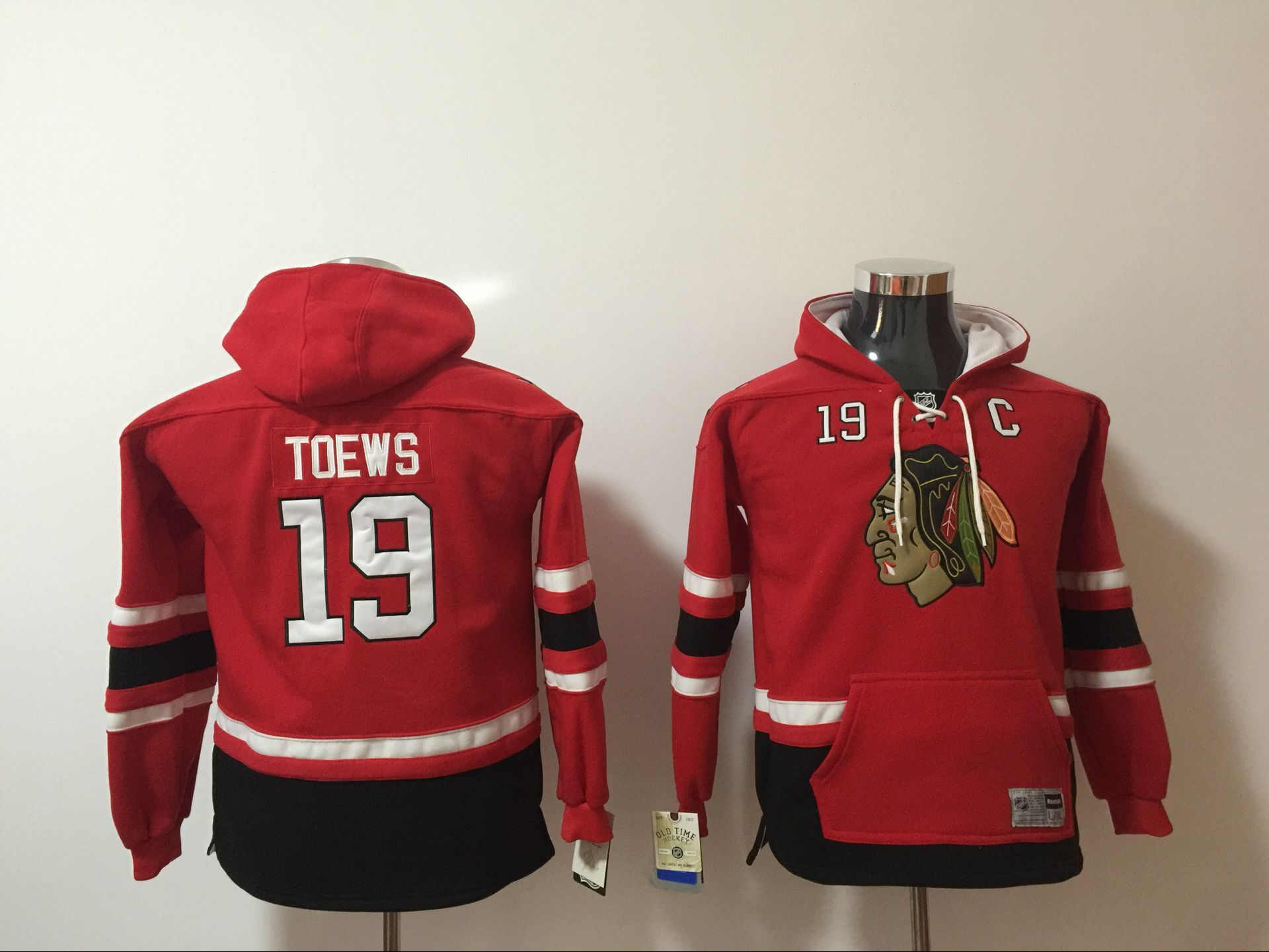 Youth 2017 NHL Chicago Blackhawks 19 Toews red hoodie