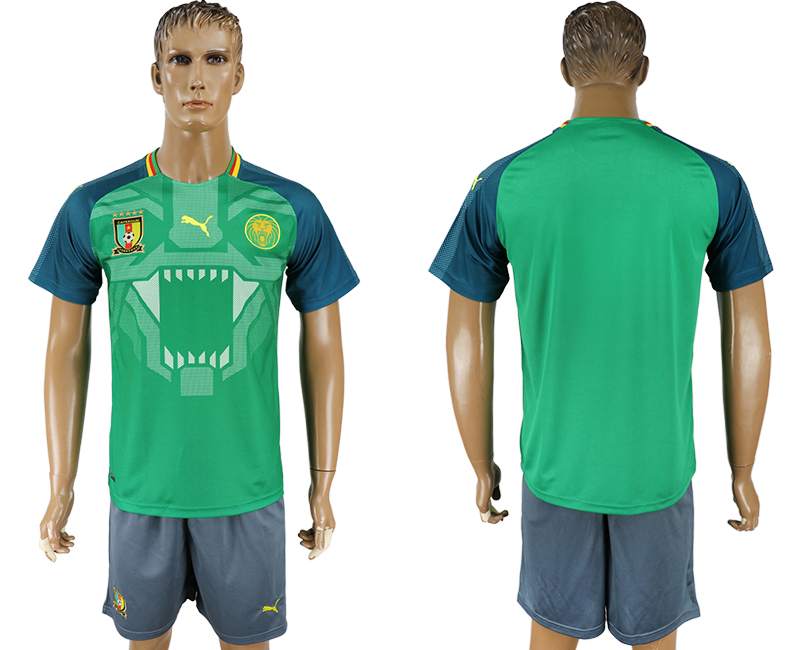 Men 2017-2018 National Cameroon home greensoccer jersey