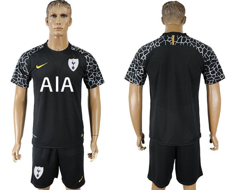 Men 2017-2018 club Tottenham Hotspur black goalkeeper soccer jersey