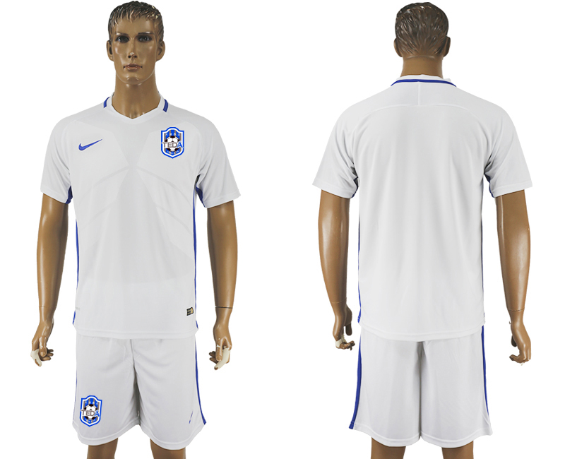 Men 2018-2019 club Tianjin Teda home white soccer jersey