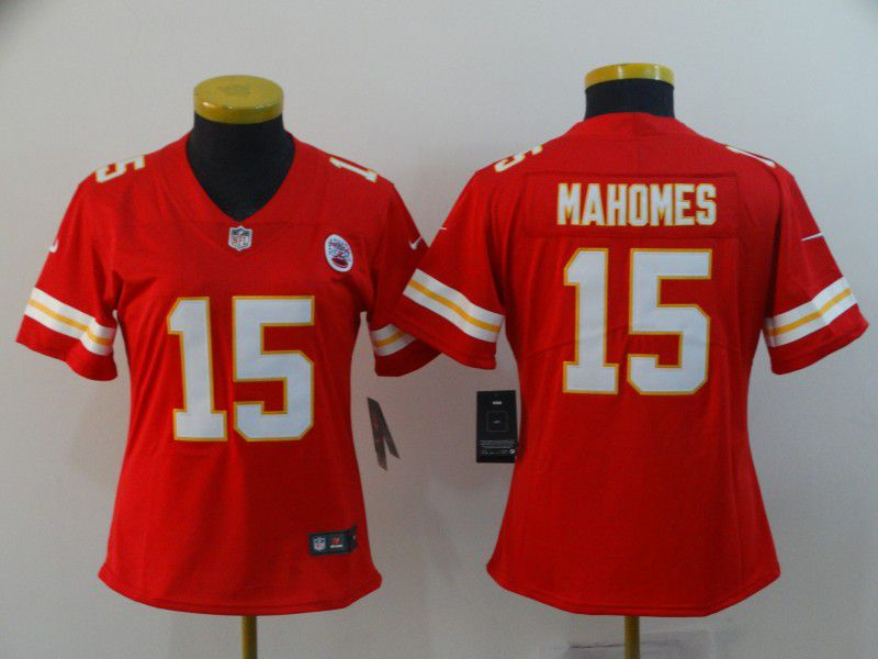 Women Kansas City Chiefs 15 Mahomes Red Nike Vapor Untouchable Limited NFL Jersey