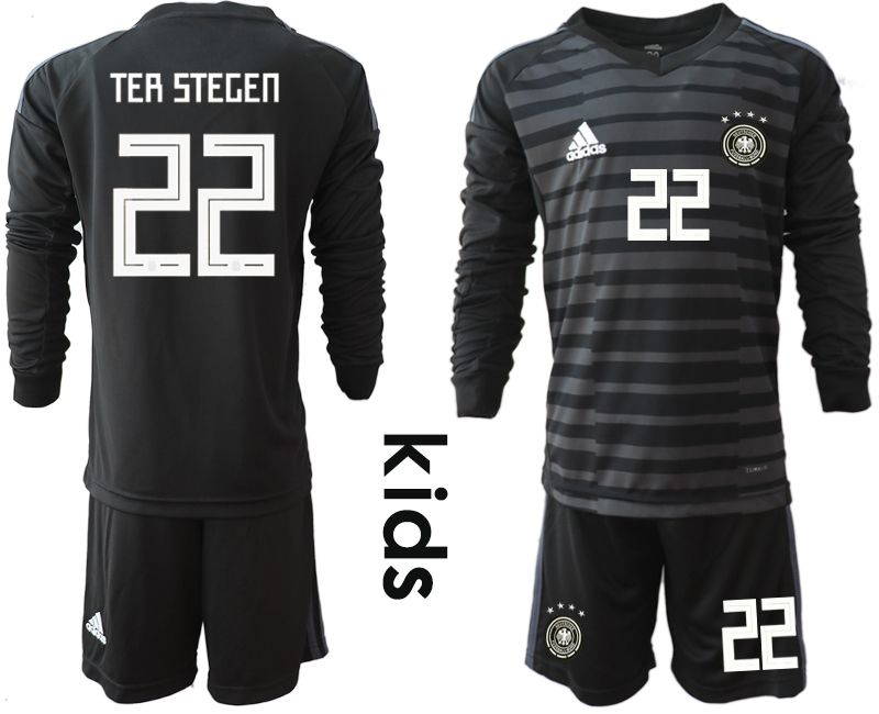 Youth 2018 World Cup Germany black long sleeve goalkeeper 22 soccer jersey