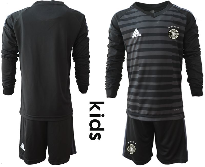 Youth 2018 World Cup Germany black long sleeve goalkeeper soccer jersey