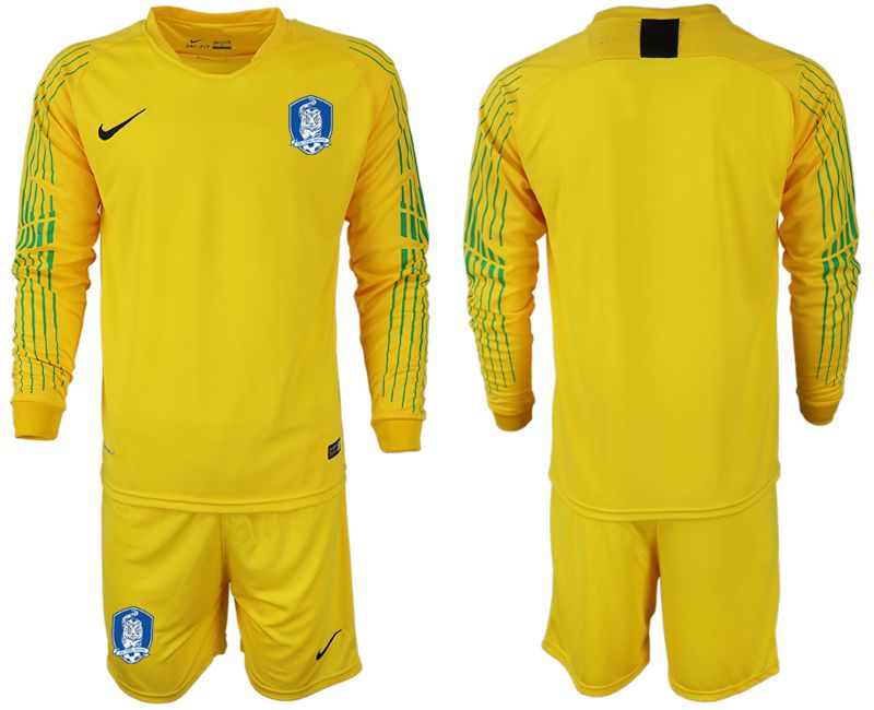Men 2018-2019 National Team Korea Republic yellow long sleeve goalkeeper Soccer Jerseys