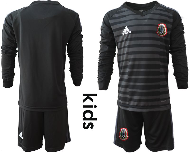 Youth 2019-2020 Season National Team Mexico black long sleeve goalkeeper Soccer Jerseys1
