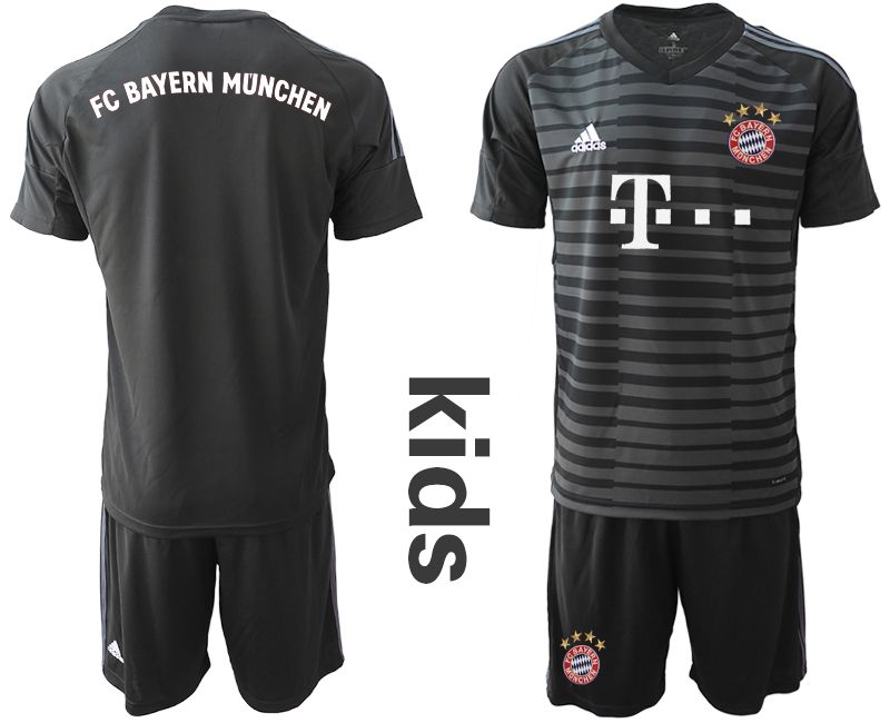 Youth 2019-2020 club Bayern Munich black goalkeeper Soccer Jerseys