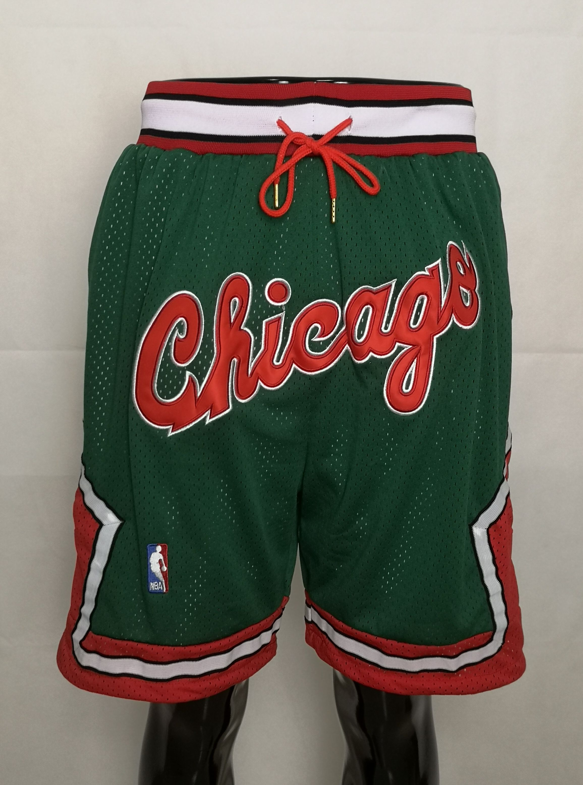 Men NBA Nike Chicago Bulls green shorts2