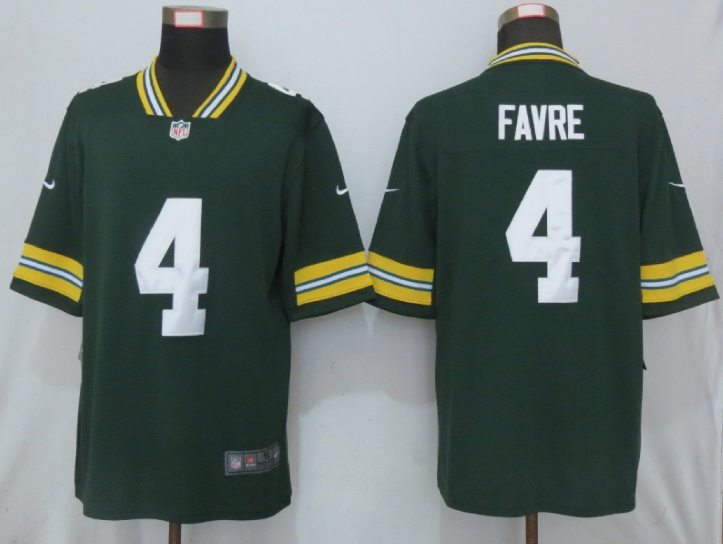 Men Green Bay Packers 4 Favre Green Nike Vapor Untouchable Limited Playe NFL Jerseys