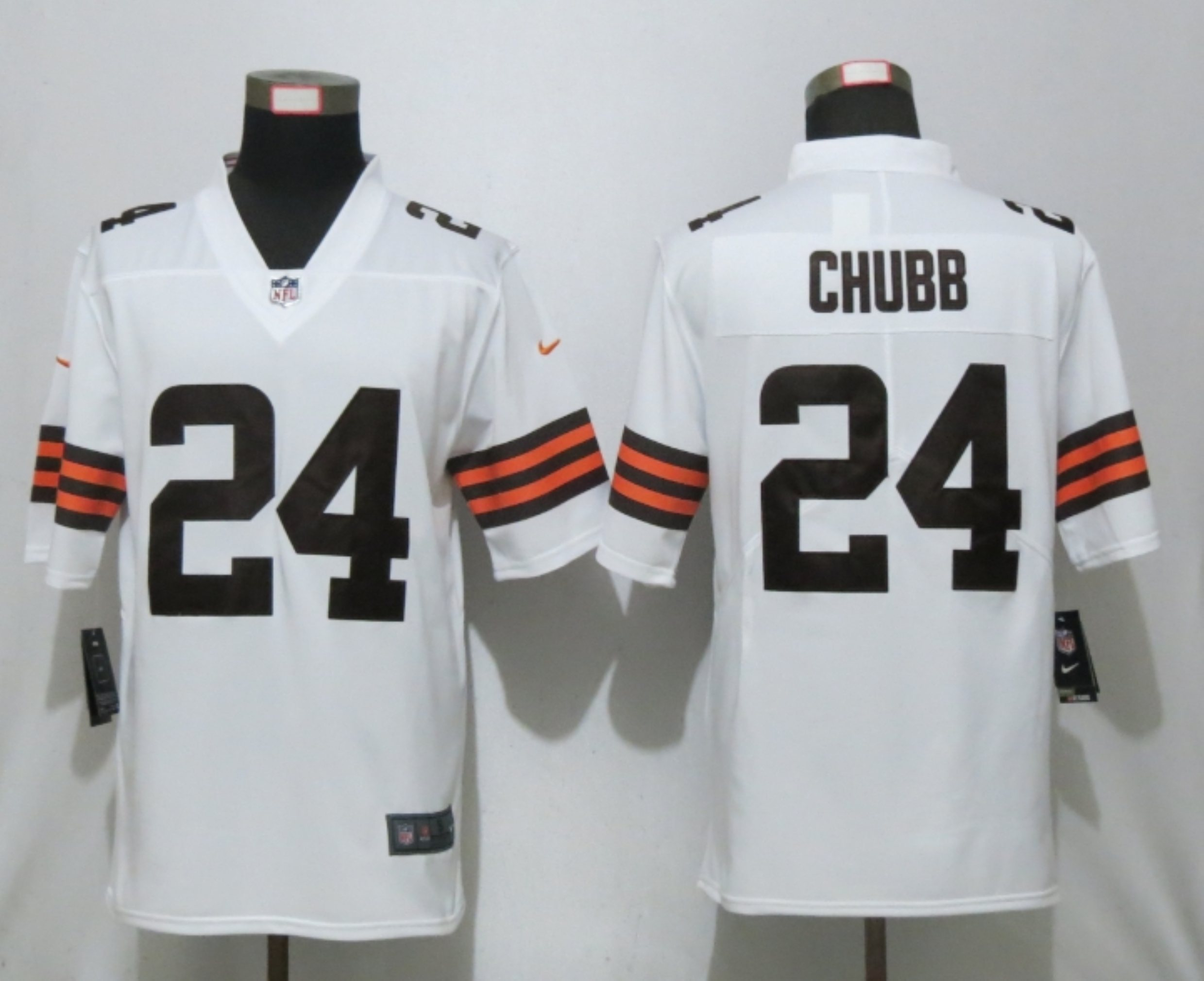 Men New Nike Cleveland Browns 24 Chubb White Vapor Limited Player Jersey