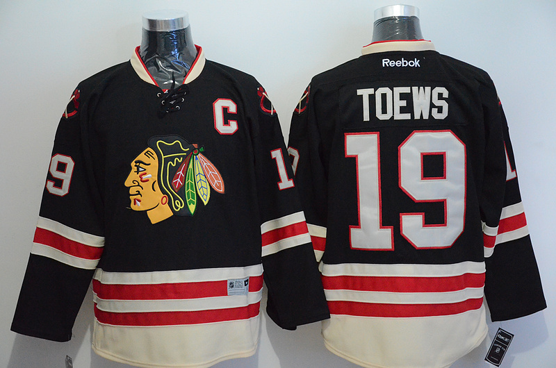 NHL Chicago Blackhawks 19 Jonathan Toews Black 2015 Winter Classic