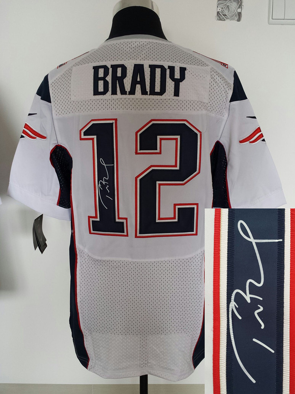New England Patriots 12 Tom Brady White Nike Elite With player signed Jersey