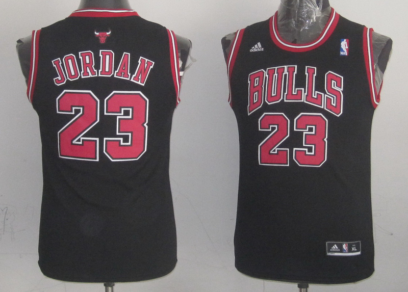 NBA Youth Chicago Bulls 23 Michael Jordan black jersey